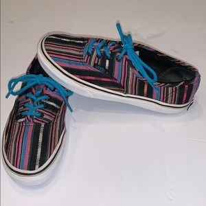 Van's Multicolored Stripped Low Laces Ups